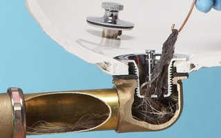Чистка труб с помощью соды и уксуса