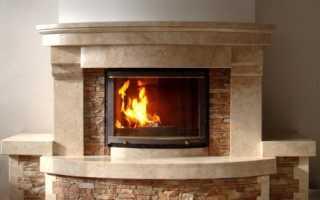 Дверцы для камина: огнеупорные и со стеклом, критерии выбора, особенности установки